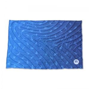 Pelican-Sample-Camp-Blanket_Blue